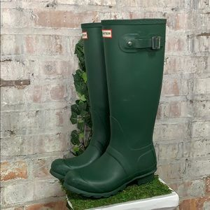 PRE OWNED Hunter Classic Tall Green matte Boots